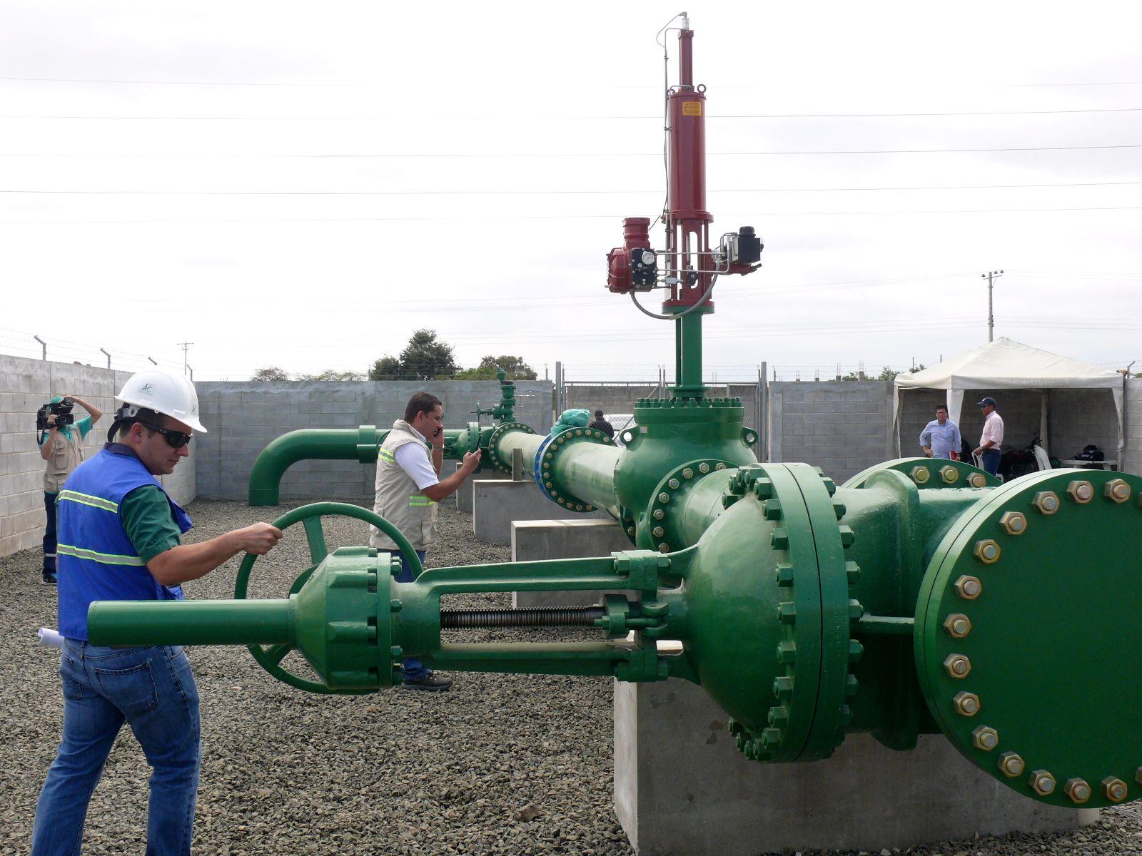 Inician colocaci n de tuber a para trasladar 30 mil m3 de - Tuberia de agua ...